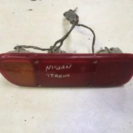 Phare arrière gauche - Nissan Terrano